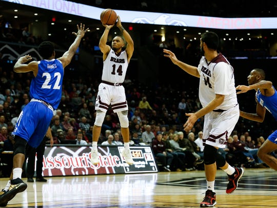 Missouri State's Ronnie Rousseau shoots a field goal