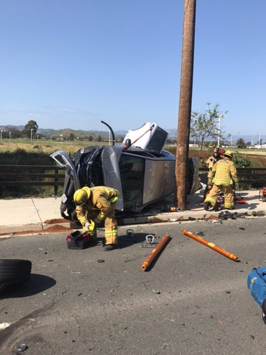 Ventura minvan crash.jpeg