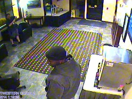-armed robbery 7.jpg_20140509.jpg