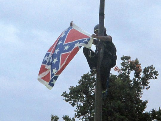 Bree Newsome removes the Confederate battle flag at