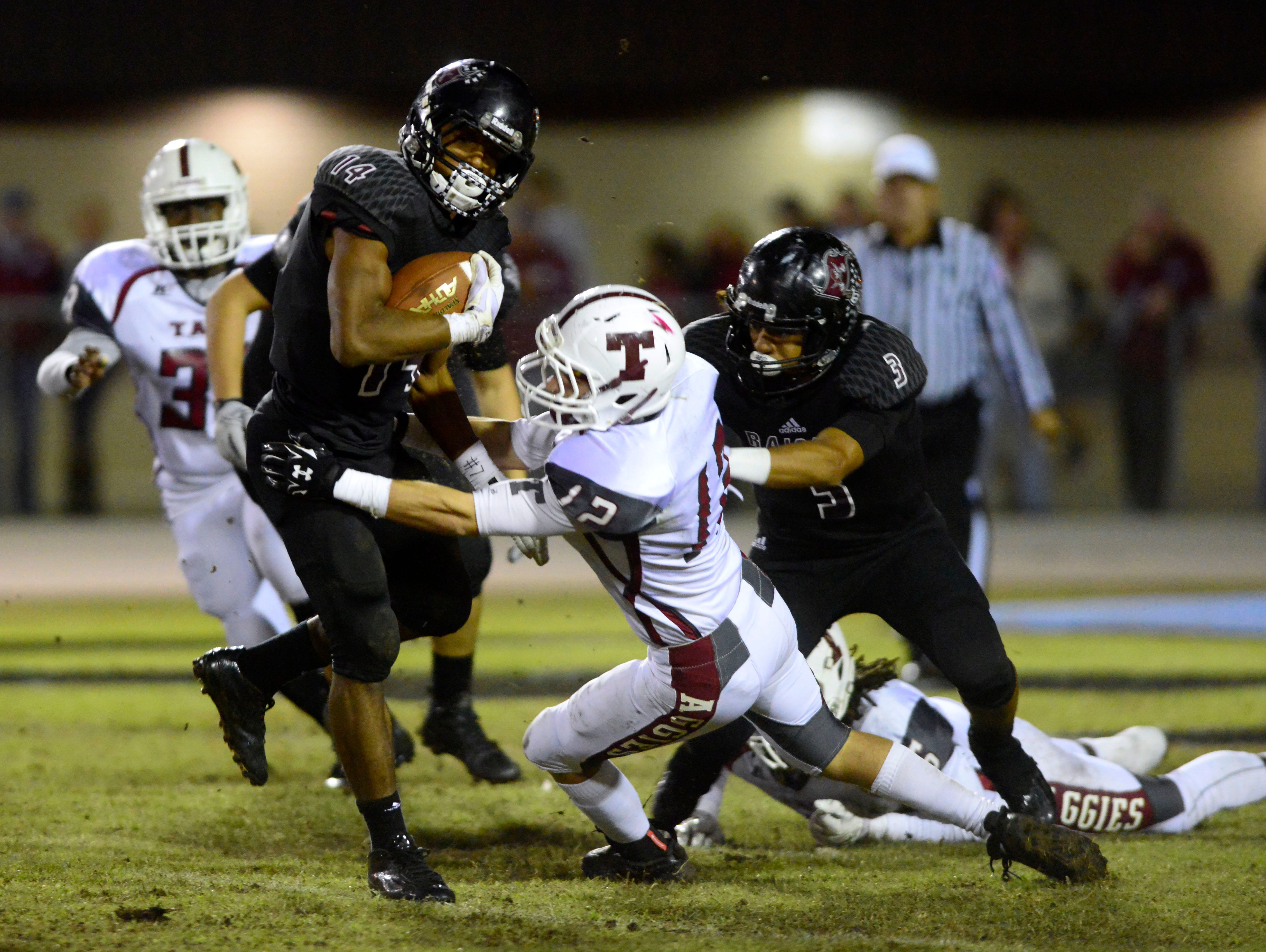 During the 2015 football season, undefeated Navarre took on the Tate Aggies in the first round of the state playoffs. Under this new proposed format, the Raiders and Aggies most likely wouldn't have met until the region finals.