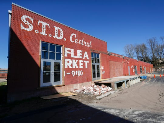 STD Central Flea Market plans to close Jan. 31, 2020 due to nearby construction on a $50 million apartment complex.