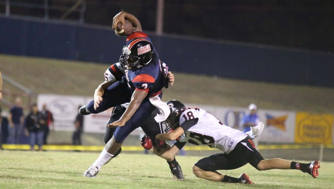 Bastrop hosts Parkway in football action on Friday.