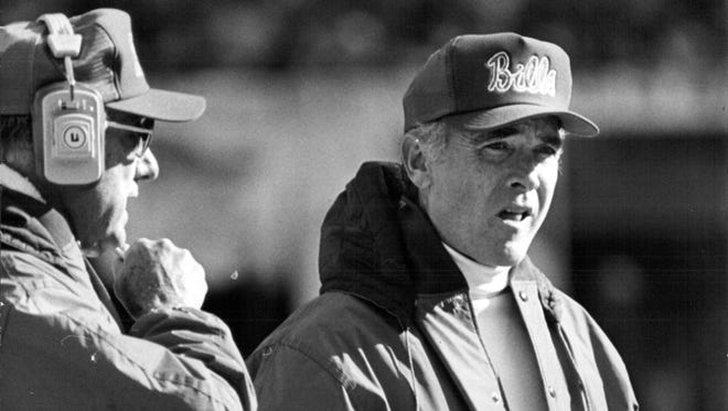Chuck Knox left the Rams in 1978 to coach the Buffalo Bills. After five seasons, he left for the Seahawks.