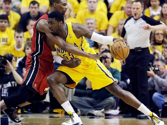 APTOPIX Heat Pacers Basketball (2)