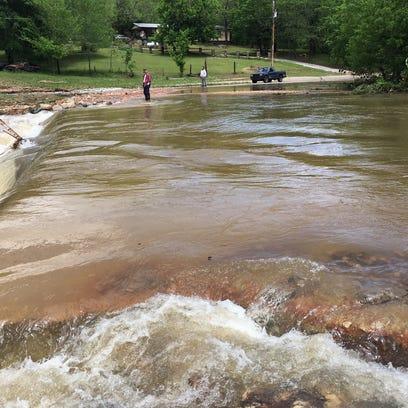 Twin Lakes Area flooding
