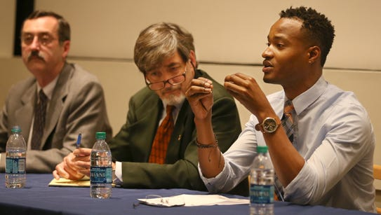 Jerome Jackson, Director of Crowd Funding at RIT, right,