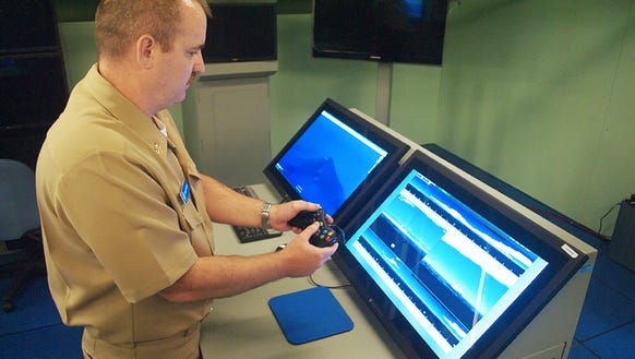 The U.S. Navy to use the Xbox 360 Controller on Submarines Periscopes