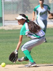 Coachella Valley High School's Tatiana Martinez makes a play against Rancho Mirage High School in Thermal on April 5, 2017.