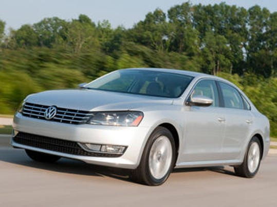 vw recalls 150 000 passats for headlight problem. Black Bedroom Furniture Sets. Home Design Ideas