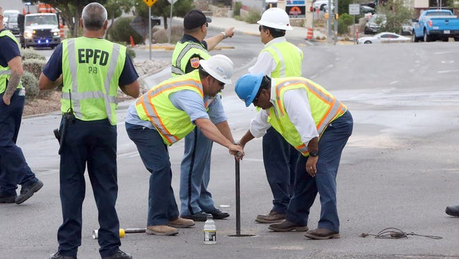 El Paso Water workers shut a ruptured service line around 1:15 p.m. Tuesday along the south lanes of North Mesa Street across from the University of Texas at El Paso Ticket Center. The rupture caused the closure of the southbound lanes between Sun Bowl Drive and Glory Road as crews worked to clean up the mess and restore water service to the Pizza Hut in the area.