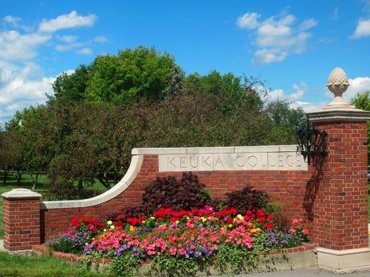 Keuka College entrance