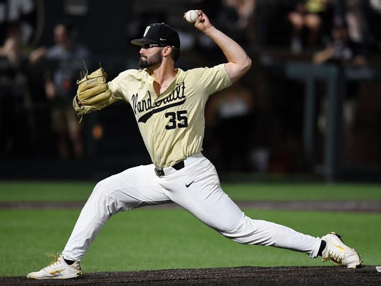 Vanderbilt pitcher Jackson Gillis (35) throws in relief in the sixth inning at the NCAA Super Regional Saturday, June 9, 2018, at Hawkins Field in Nashville, Tenn.