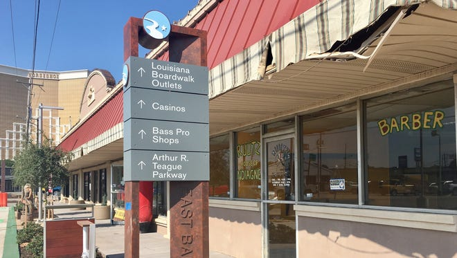 New signage is being installed this week in downtown Bossier City.