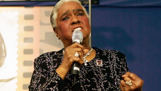 Jazz and blues singer Linda Hopkins performs in 2006.
