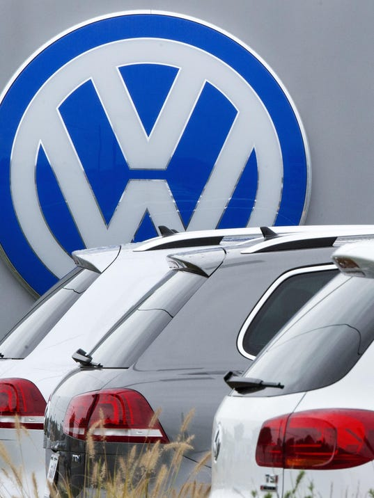 US-GERMANY-AUTOMOBILE-POLLUTION-VOLKSWAGEN-SALES-FILES