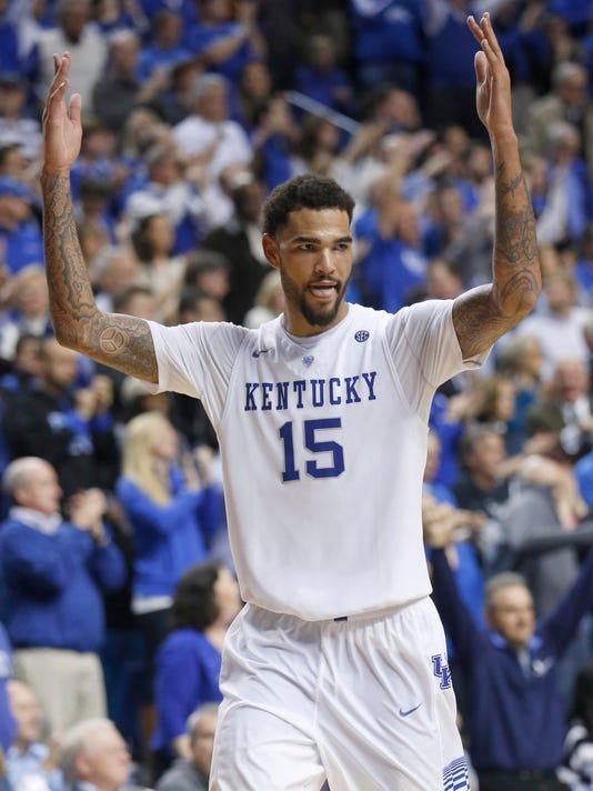 NCAA Basketball: Texas at Kentucky