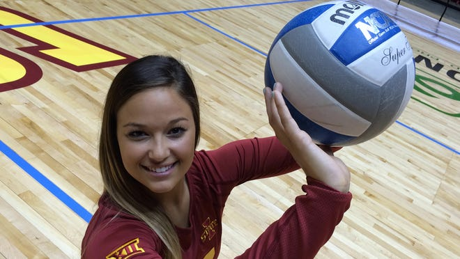 Senior setter Taylor Goetz is one-of-nine Iowa State players returning from last year's team.