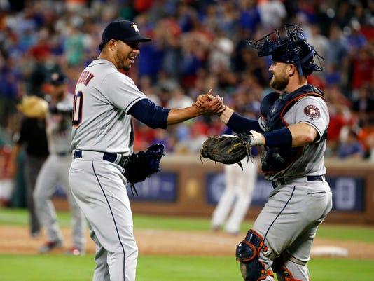 Astros_Rangers_Baseball_44070.jpg