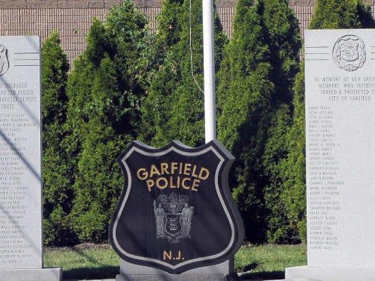 Webkey-Garfield-police-badge