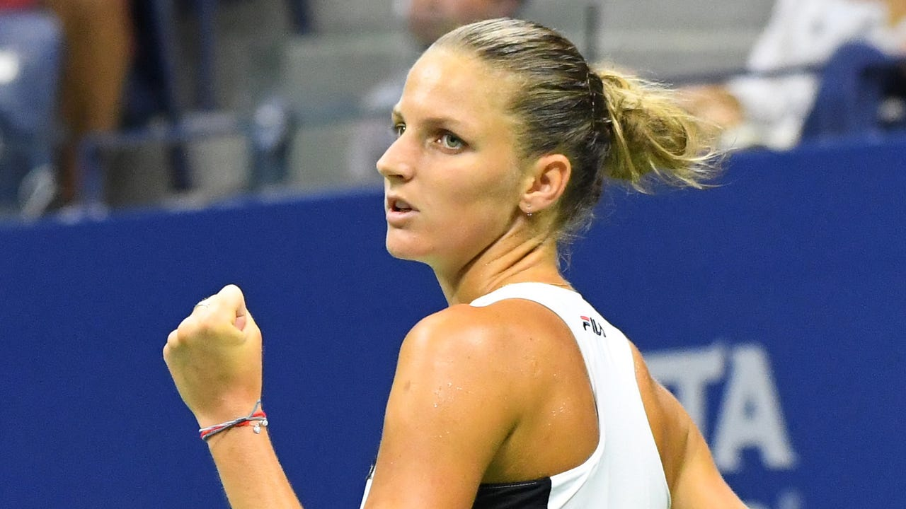 A look at Karolina Pliskova's surprise victory and Angelique Kerber's rise to No. 1.