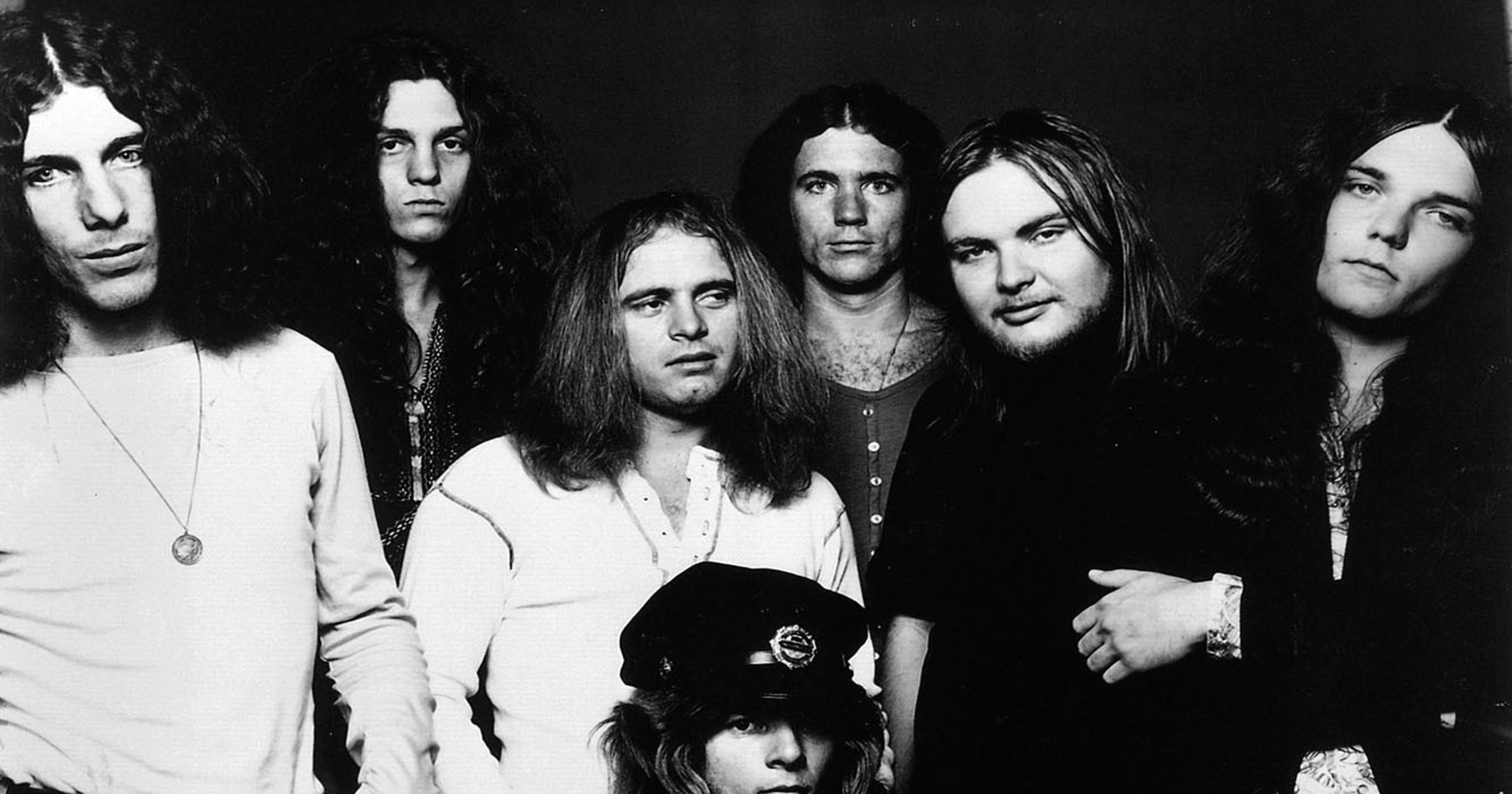 862ef7cf4a1 Ex-Lynyrd Skynyrd drummer Robert Burns Jr. dies at 64
