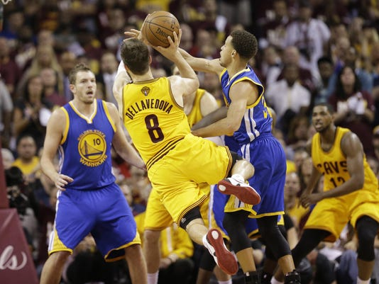 Matthew Dellavedova, Stephen Curry