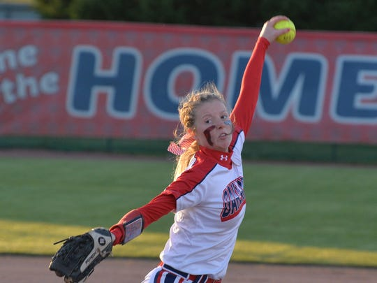 Former Oakland softball standout Lacie Rinus had a