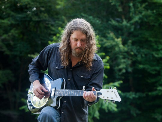Bow Thayer and his band perform Saturday in Stowe.