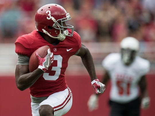 Alabama wide receiver Calvin Ridley (3) led the team in receptions this season with 63.