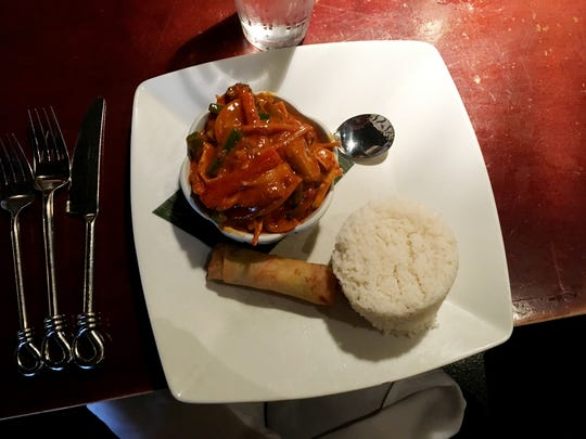 Ms. Cheap's favorite under $10  lunch at Jasmine, the Thai restaurant in the CoolSprings area, is the Red Curry Chicken. .