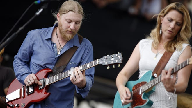 Derek Trucks and Susan Tedeschi will play at the Highland Bowl on July 8.