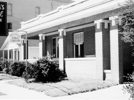 St. Landry Parish Demonstration Library, Opelousas Branch on Main Street in 1965.