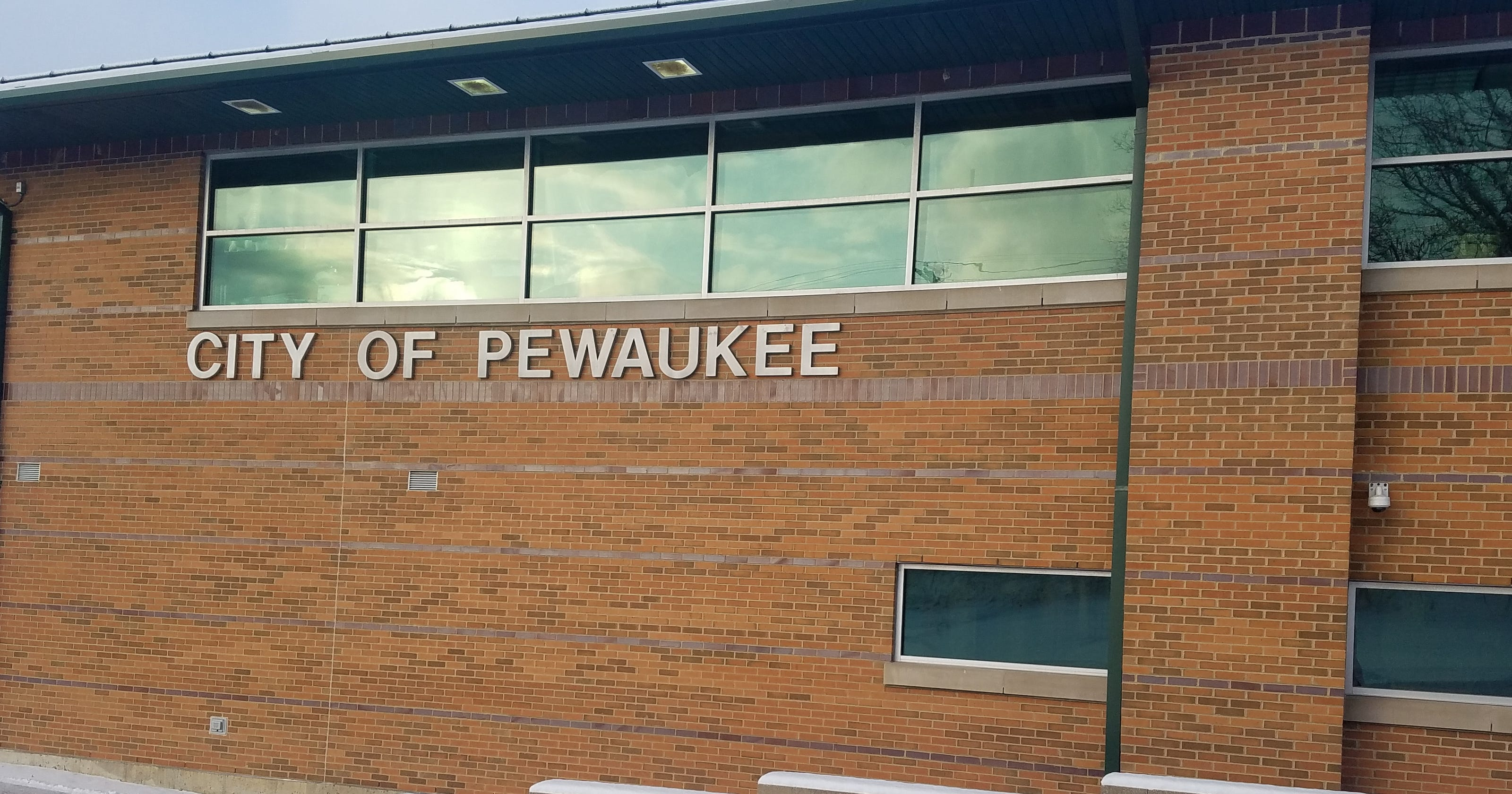 Pewaukee agrees to spend $1.4 million to fix city well\'s radium issue