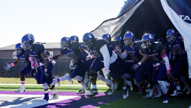USF can earn a share of the NSIC title with a win Saturday
