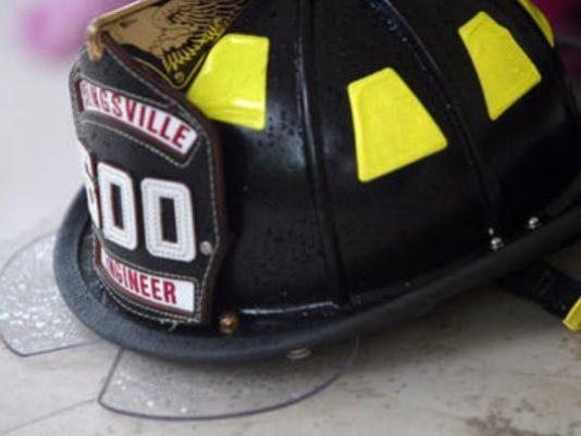 635603916141842709-fire-hat