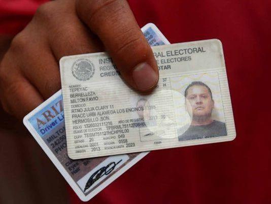 VOZ0219-credencial federal
