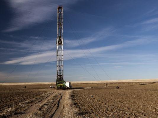 635908879884798169-colorado-fracking-rig.jpg