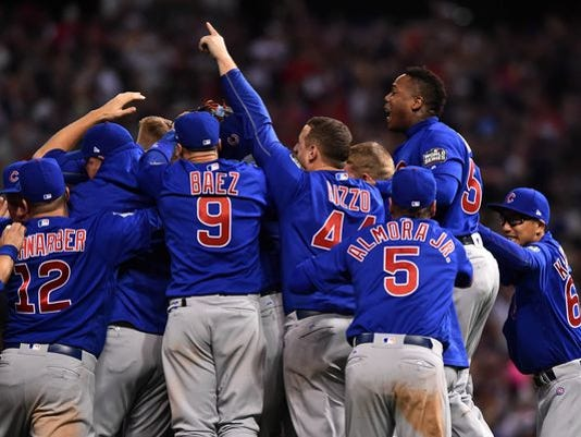 636137584170938626-636137488792285604-USP-MLB--World-Series-Chicago-Cubs-at-Cleveland-In.7.jpg