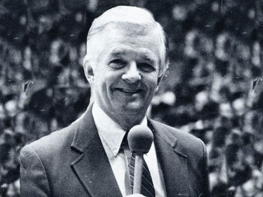 """Chuck Marlowe, a TV announcer who covered Indiana University basketball and hosted """"The Bob Knight Show."""""""