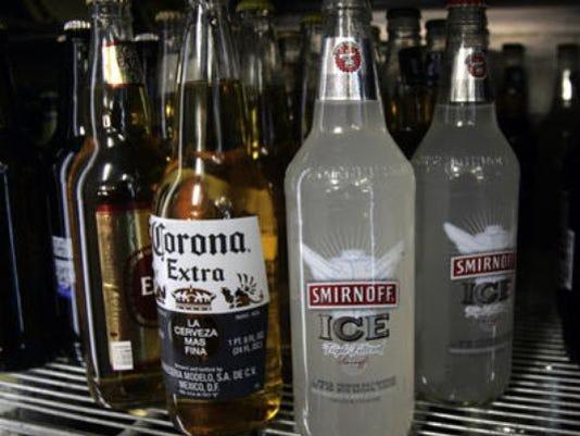 635501095958910008-drinks