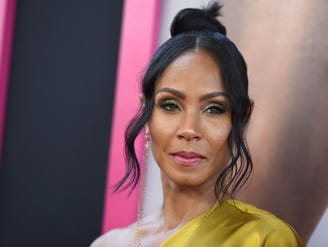 Jada Pinkett Smith gets emotional recalling how she pulled a knife on 'aggressive' ex