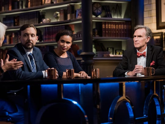 On his Netflix show, Nye moderates a panel discussion.