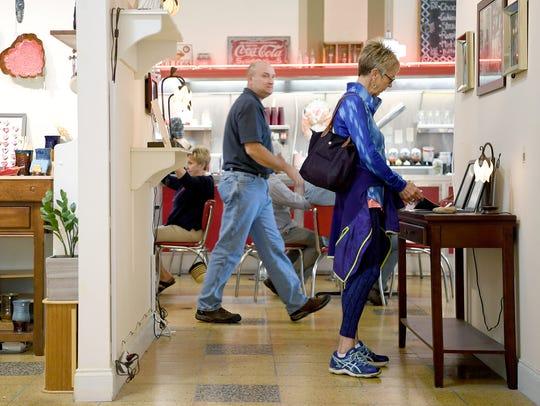 Ann Spearman, visiting from Huntsville for a tennis