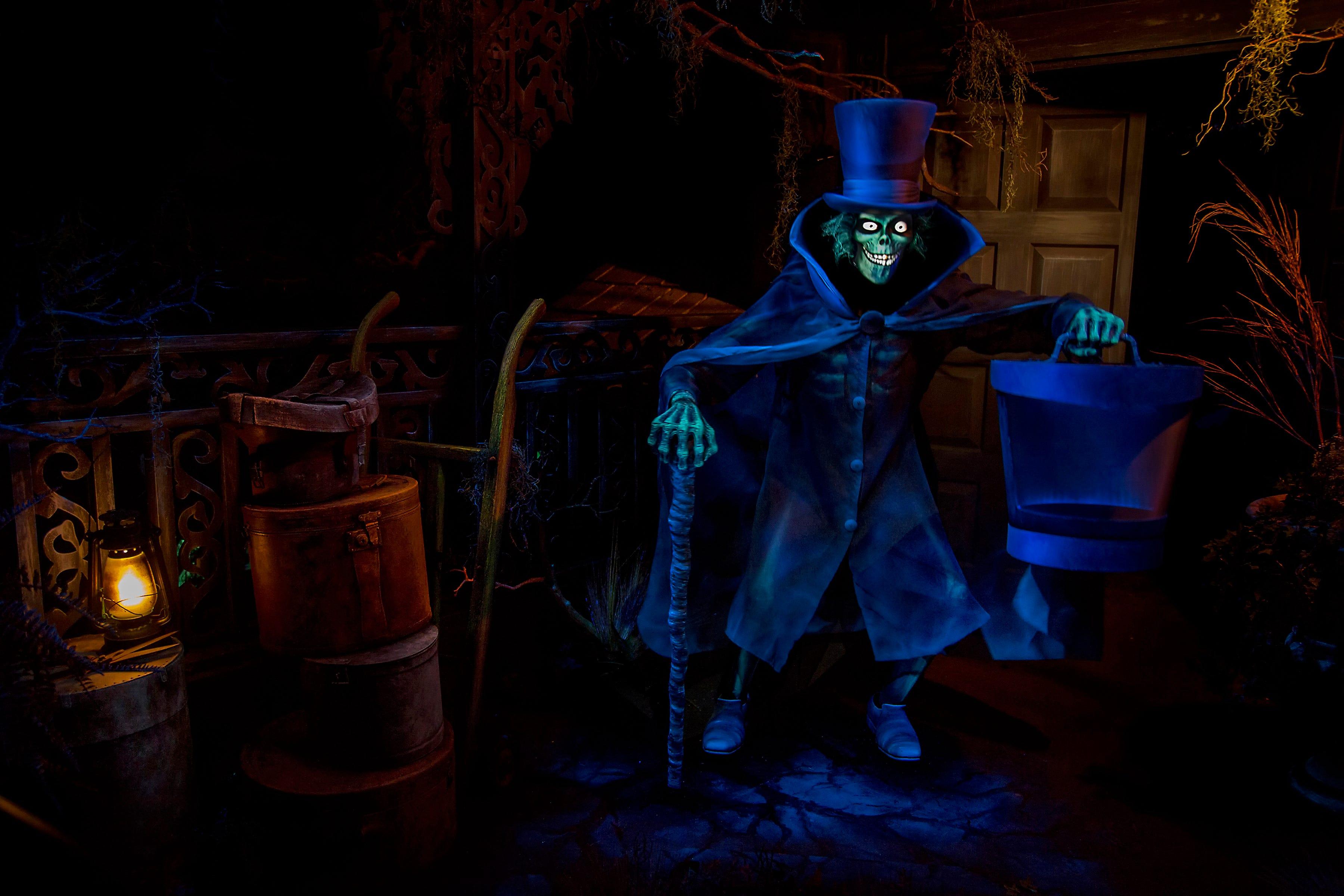& Disneylandu0027s u0027Hatbox Ghostu0027 mystery solved