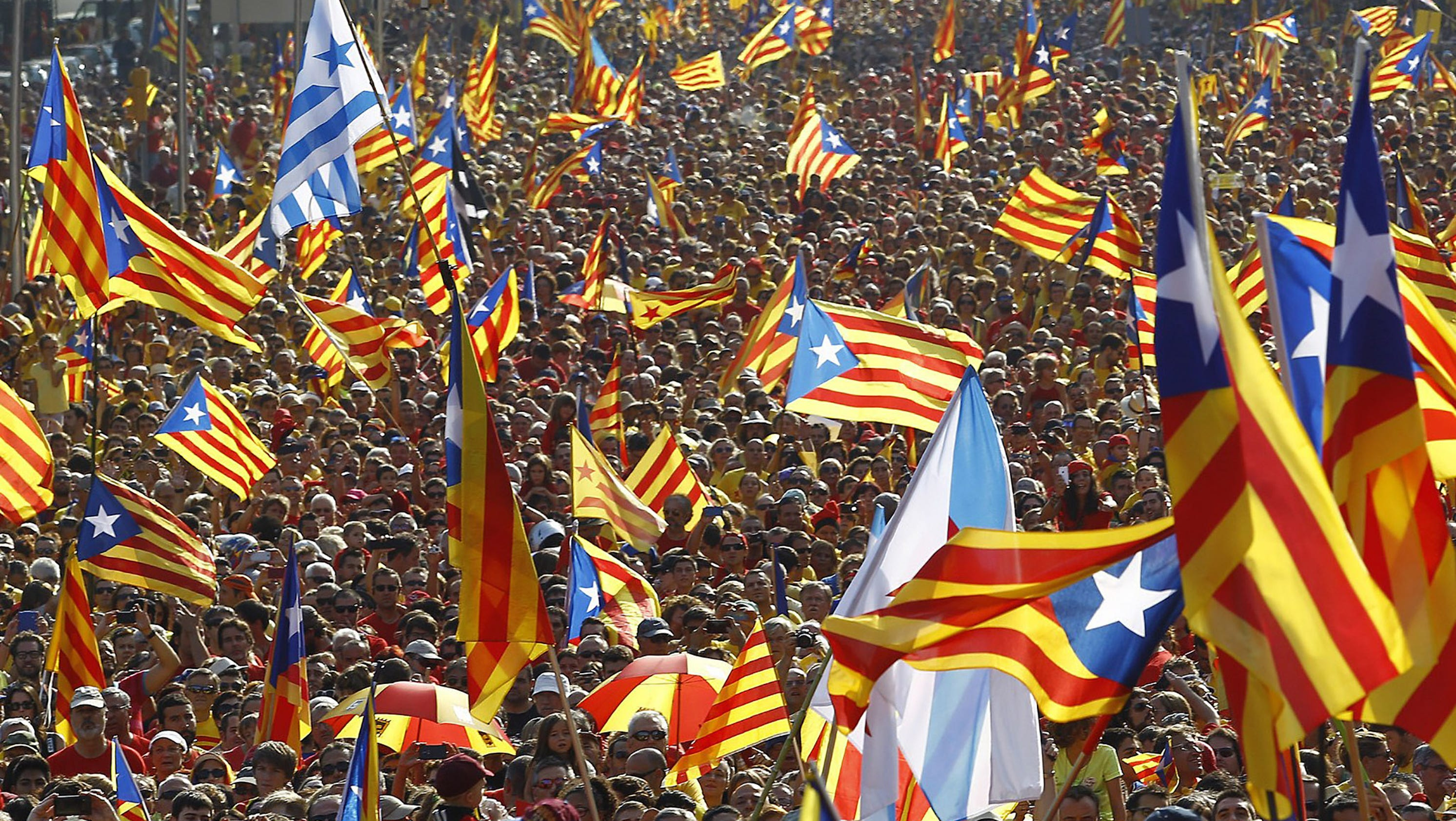 Catalonia pushes for independence from spain - Firefly barcelona ...