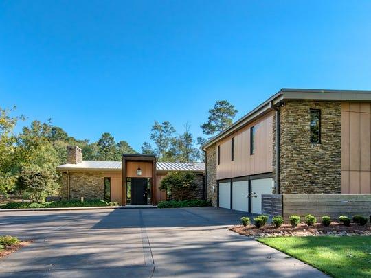 $3.3 million home sits on 11 acres in Shreveport.