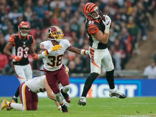 Cincinnati Bengals tight end Tyler Eifert (85) leaps to make a catch in the fourth quarter during the NFL International Series game between Washington and the Cincinnati Bengals, Sunday, Oct. 30, 2016, at Wembley Stadium in London, England. The game ended in a 27-27 tie.