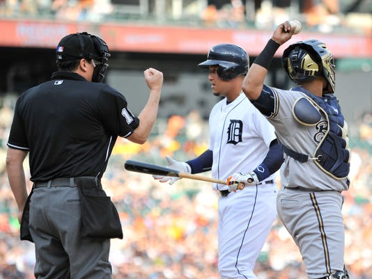 635675809431486707-2015-0518-rb-tigers-brewers282