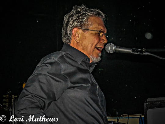 Eddie Wohlford performs at a Harmony reunion show.